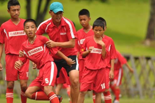 Chuyên gia Nhật Bản trực tiếp 'săn' tài năng bóng đá Việt Nam