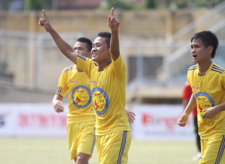 Thắng Đồng Tâm Long An 7-2, Sông Lam Nghệ An vô địch U17 Quốc gia