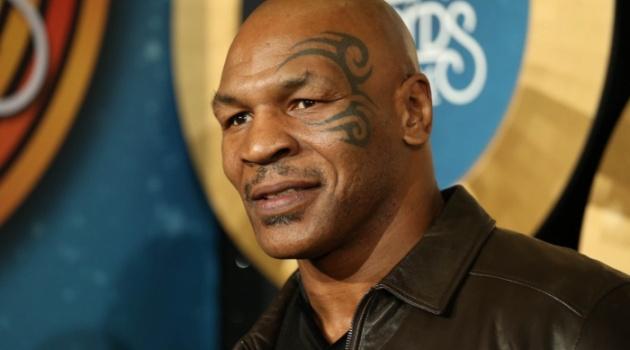 Mike Tyson suýt 'tẩn' huyền thoại bóng rổ Michael Jordan