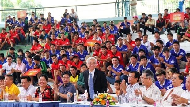 Becamex Bình Dương khai mạc giải bóng đá phong trào lập kỷ lục Việt Nam
