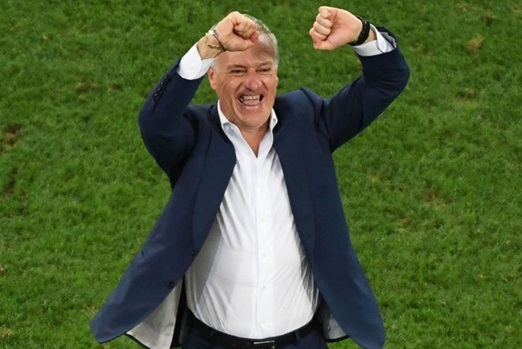 Thất bại tại EURO, Deschamps vẫn quyết không từ chức