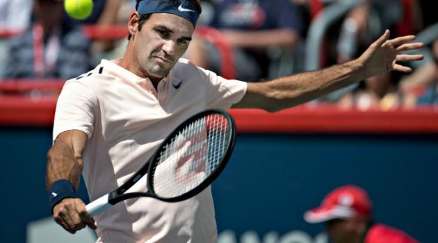 Ferrer chấm dứt mạch 32 set thắng liên tiếp của Federer