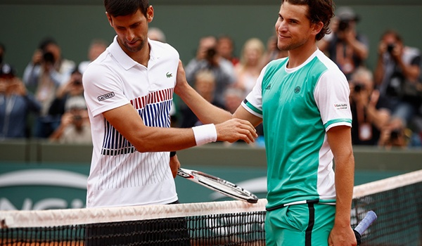 Djokovic chẳng khác gì siêu nhân