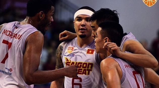 Saigon Heat phá kỷ lục ném ba điểm ở ABL