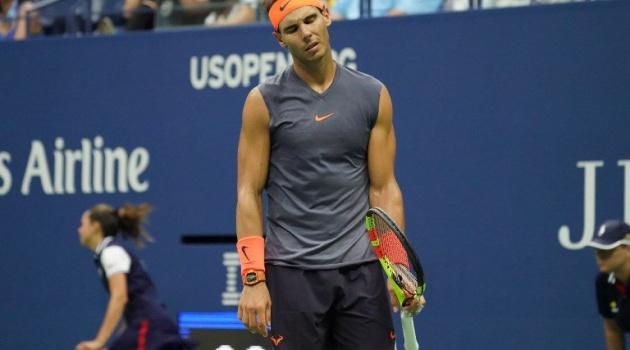 Nadal tạo điều kiện để Djokovic bắt kịp ngôi số 1 thế giới
