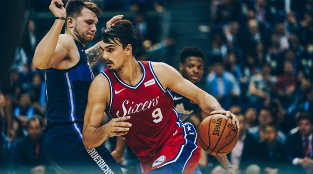 Chùm ảnh: Chiến thắng ấn tượng của Philadelphia 76ers trên đất Thượng Hải