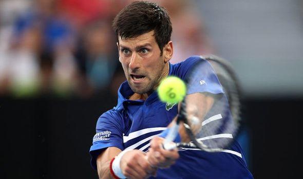 Vượt ải Shapovalov, Djokovic xây chắc ngôi vị số 1 thế giới