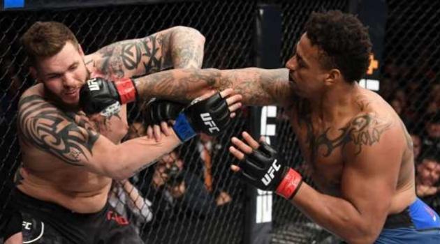 Sai lầm nối tiếp sai lầm nhưng Greg Hardy vẫn được chủ tịch UFC cưng chiều hết mực