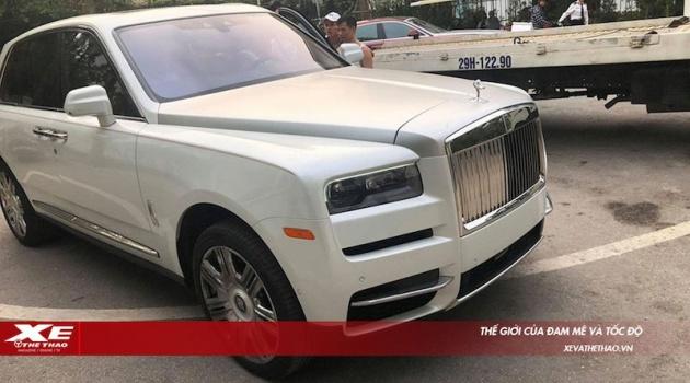 Hot: Siêu phẩm triệu đô Rolls-Royce Cullinan đầu tiên đã đến Việt Nam