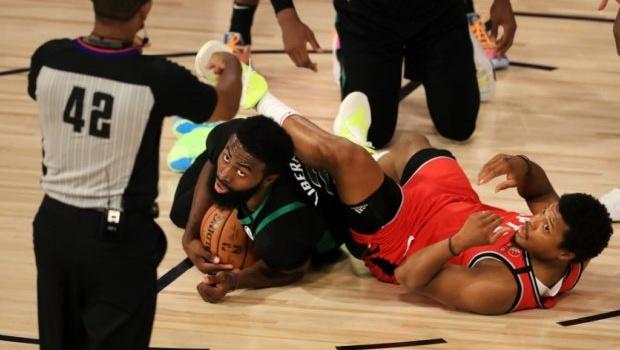 Lịch thi đấu NBA 10/9: Nhà vô địch dừng chân?