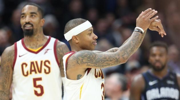 NBA 2017/2018: Isaiah Thomas chơi bùng nổ giúp Cavaliers cắt đứt mạch toàn thua