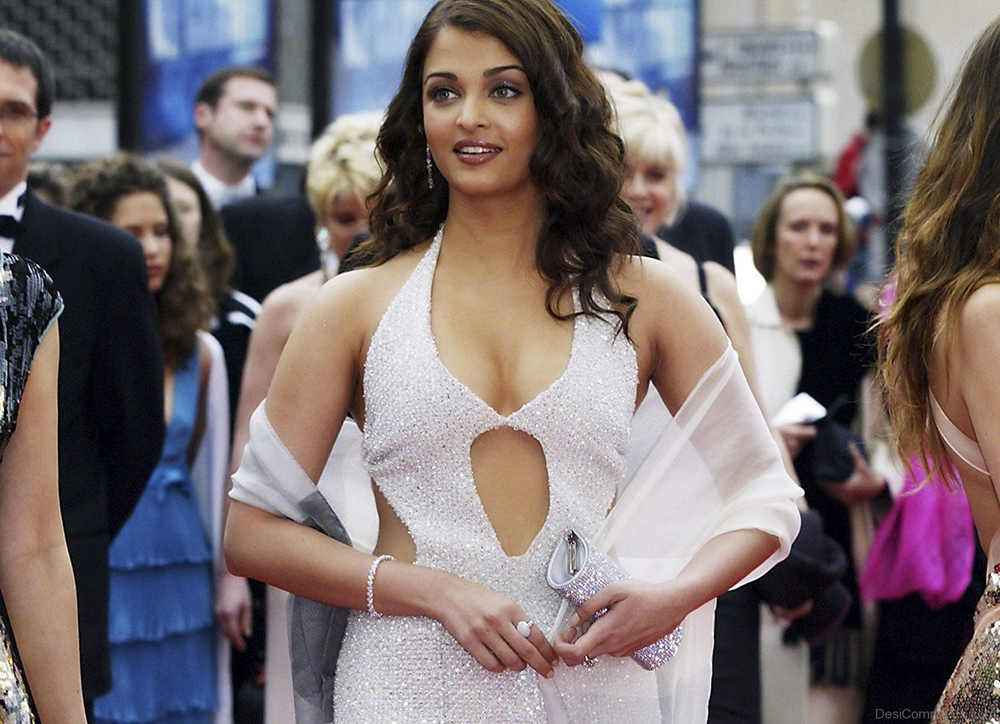 Cute-Actress-Aishwarya-Rai-e1463134176425