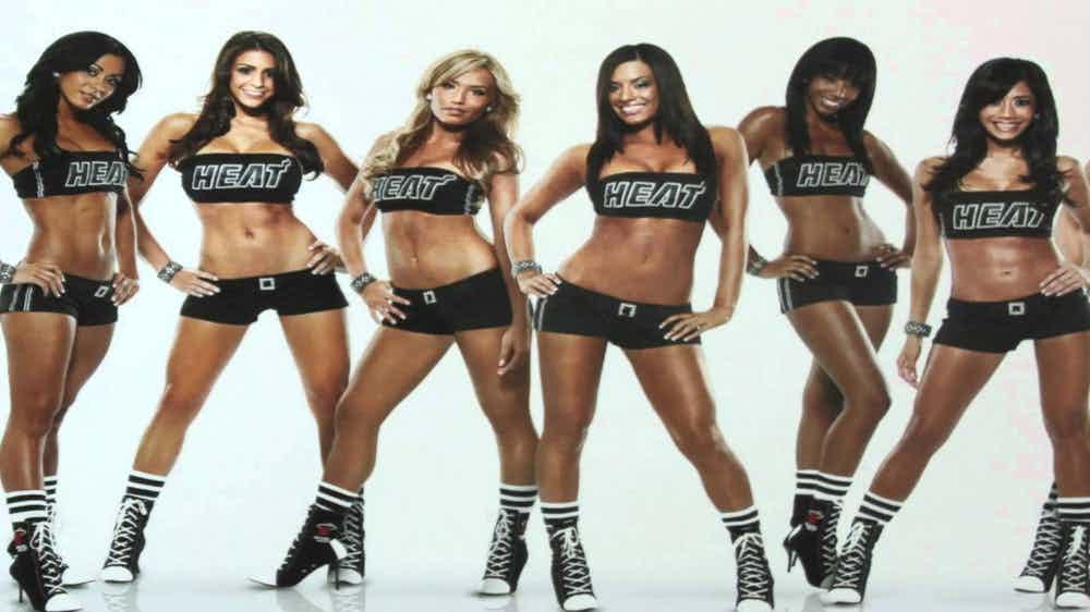 Top-Cheerleader-10