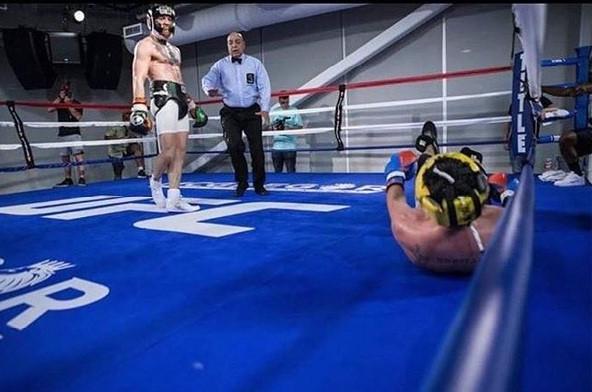 Conor-McGregor-Paulie-Mal