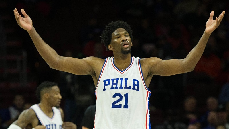 Embiid-76ers-01