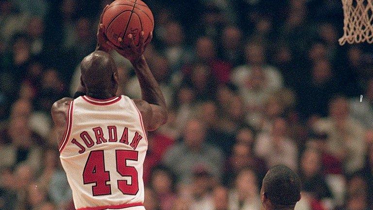 Michael-Jordan-04