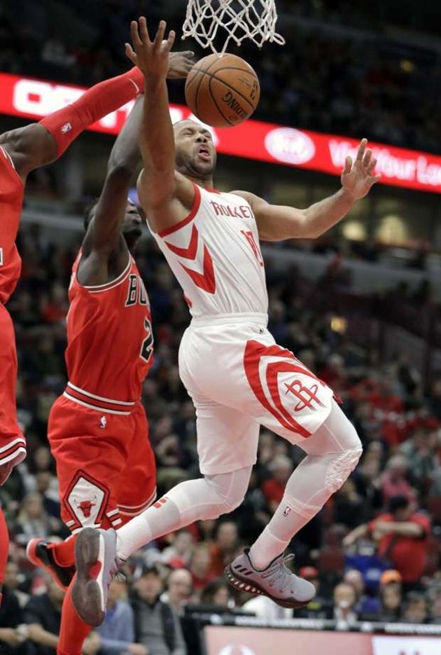 Bulls-Rockets-11