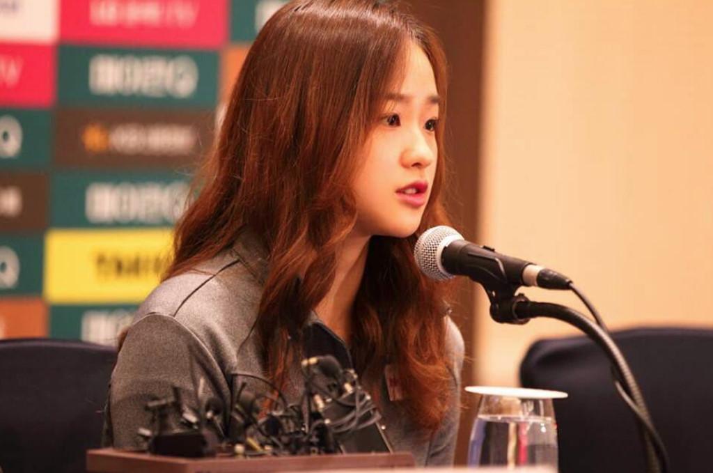 Son-Yeon-Jae-05