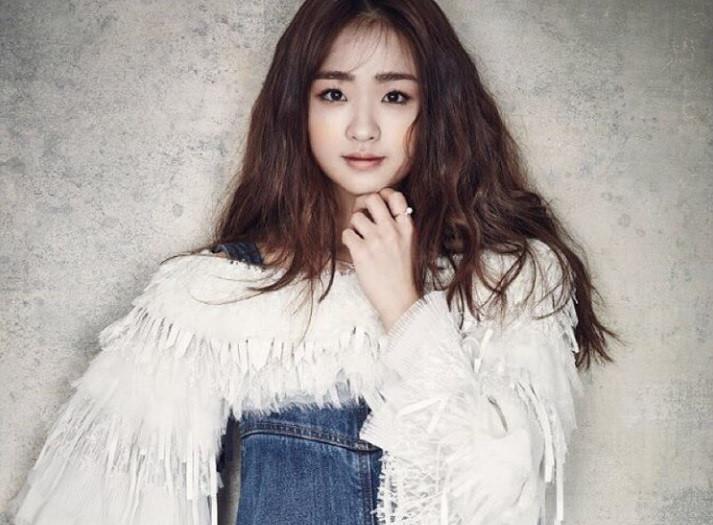Son-Yeon-Jae-06