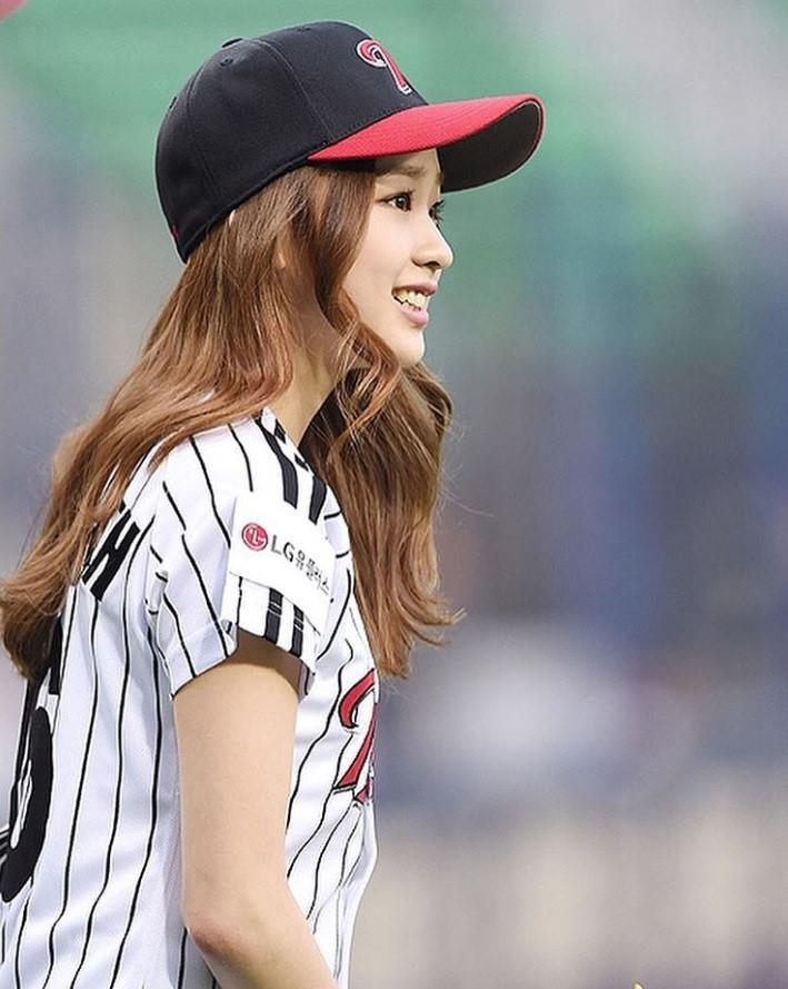 Son-Yeon-Jae-09