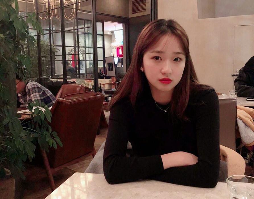 Son-Yeon-Jae-10