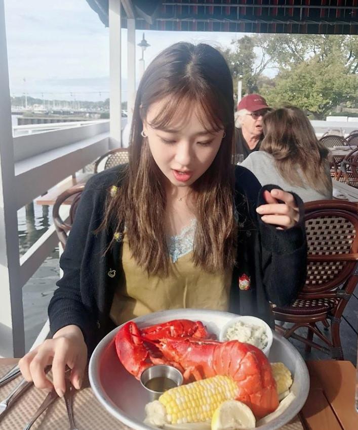 Son-Yeon-Jae-11