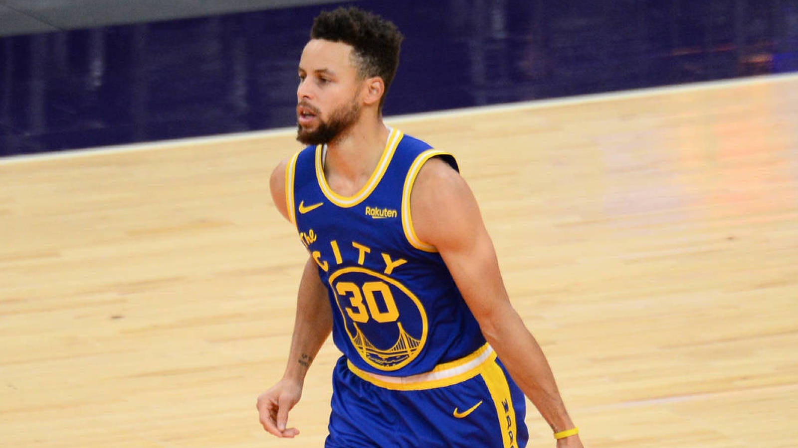 steph-curry-on-brother-seths-76ers-follow-east