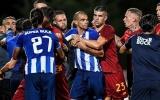 Thô bạo, Pepe khiến cựu sao Man Utd nóng mặt