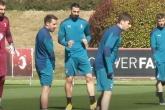 Zlatan Ibrahimovic chuẩn bị cho màn tiếp đón Manchester United