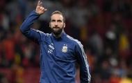 Tịt ngòi tại tuyển Argentina, Higuain lại móc mỉa fan