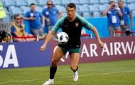Đồng đội cũ: 'Đừng đến nhà Ronaldo!'