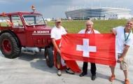 Fan hâm mộ vượt qua 1240 dặm để cổ vũ đội nhà trước Serbia