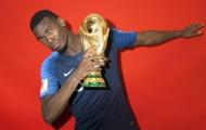 Dàn sao tuyển Pháp ra sức tạo dáng bên cúp vàng