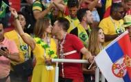 Hôn ở World Cup: Vạn lý xếp sau cặp môi gần