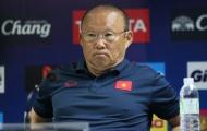 Những sắc thái khó chịu của HLV Park Hang-seo khi bị phóng viên Thái Lan làm phiền