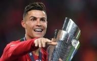 """Chạm trán Luxembourg, Ronaldo sẽ hóa thành """"CR700""""?"""