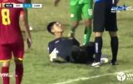 Khoảnh khắc đáng xấu hổ của bóng đá Việt lên báo nước ngoài