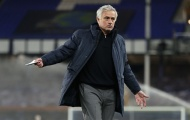 Cựu HLV Chelsea chuẩn bị ngồi vào 'ghế nóng' tại Tottenham