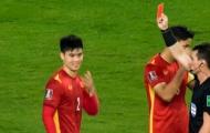 Fan quốc tế bênh vực Duy Mạnh: 'Quyết định quá nhảm nhí của trọng tài'