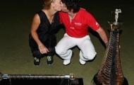 Caroline Wozniacki điệu đà đi cổ vũ bạn trai