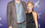 Klitschko quay về bên người tình 'tí hon'