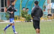 Lực lượng an ninh theo sát tuyển Việt Nam trước trận bán kết