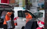 Vừa trở về Việt Nam, Hòa Minzy bị bắt gặp 'hẹn hò' Công Phượng