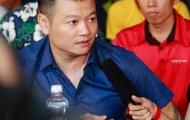 Cựu danh thủ Văn Quyến hào hứng giao lưu cùng sinh viên trường Tôn Đức Thắng