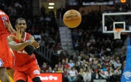 Tại sao người chơi bóng rổ cần học chuyền bóng bằng 1 tay?