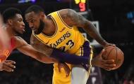 Video bất lực trước LeBron, Pacers ôm hận tại Staples Center