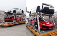 'Dân tình' xôn xao với sự xuất hiện của cặp đôi Ferrari 488 Pista đầu tiên về VN