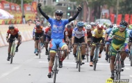 Chặng 9 giải xe đạp Cúp truyền hình TP.HCM 2021: Nguyễn Tấn Hoài tạo cách biệt ở giải Áo Xanh