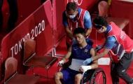 Tay đấm Nhật Bản rời sàn đấu bằng xe lăn ở bán kết Olympic