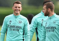 Arsenal tập, tân binh đắt hơn Varane xuất hiện